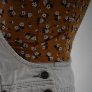 Nasty Gal Tops - Nastygal Floral Crop Size 4